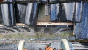Vogelwering montage - Vogels onder dakpannen weren - Vogelwerende dakvoetprofielen monteren - SDT Onderhoud - gemeente Emmen , Coevorden , Borger-Odoorn , Hoogeveen , de Wolden , Midden-Drenthe , Assen , Aa en Hunze - Drenthe - Overijssel - Groningen -Friesland